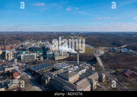 USA Pittsburgh PA Aerial view of Carnegie Museum of Natural History  and Carnegie Mellon University (background) - Stock Photo
