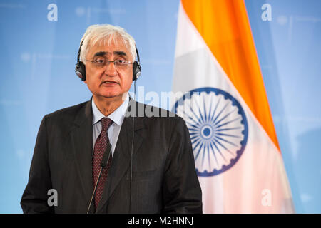 Bilateral meeting between the German Foreign Minister Guido Westerwelle and his Indian counterpart Salman Khurshid. - Stock Photo