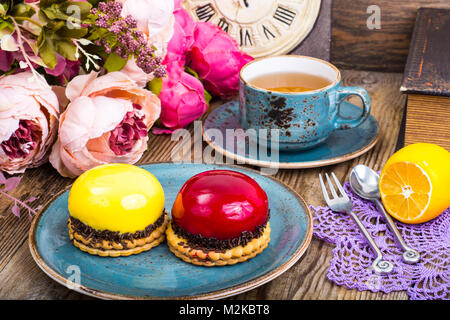 Mousse cakes with mirror glaze - Stock Photo