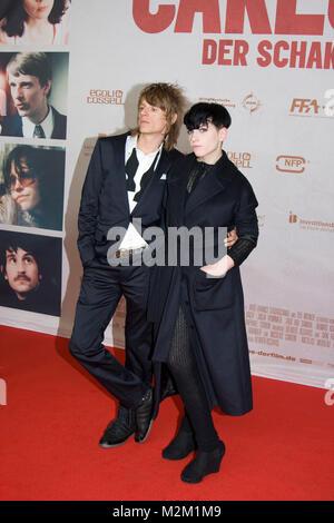 Alexander Scheer und Julia Hummer auf dem Roten Teppich zur Deutschlandpremiere des Films 'Carlos - Der Schakal' - Stock Photo