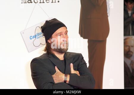 Bjarne Mädel am 18.2.2014 bei der Weltpremiere'Stromberg' im Cinedom Köln - Stock Photo