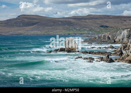 View across Ashleam Bay, Achill Island, County Mayo, Ireland. - Stock Photo