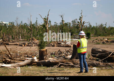 JOPLIN, Mo. -- Nikki Ange, an environmental scientist with the U.S. Army Corps of Engineers' Norfolk District, assesses - Stock Photo