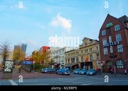 Davidwache, police station and police cars, Spielbudenplatz, Reeperbahn, St Pauli, Hamburg, Germany - Stock Photo