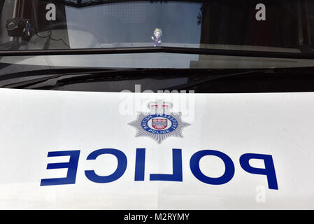 London, UK . 8th February, 2018. Royal family and Monarchy, UK. A British Transport police van parked outside of - Stock Photo