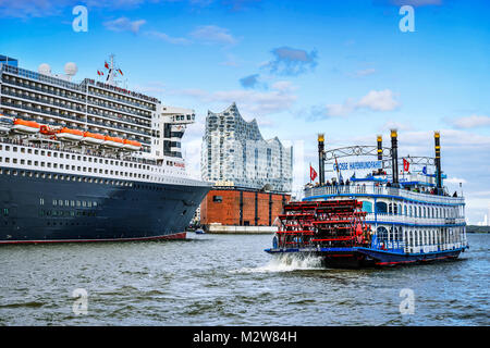 Paddle Steamer Louisiana Star Hamburg Harbour Germany Europe - Can you take a steamer on a cruise ship