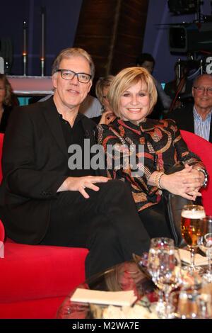 Mary Roos (Saengerin) und Wolfgang Trepper (Komiker), NDR Talkshow in Lokstedt, Hamburg, 20.02.2015 Stock Photo