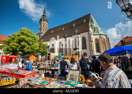 Street fair on Sunday, Dom St Petri (St Peter Cathedral) at Fleischmarkt (Meat Market Square) in Bautzen, Upper - Stock Photo