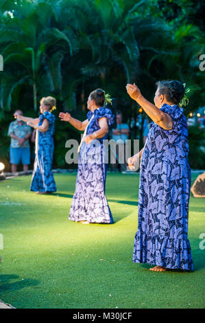 Evening Hula dance at Waikiki Beach, Oahu, Hawaii - Stock Photo
