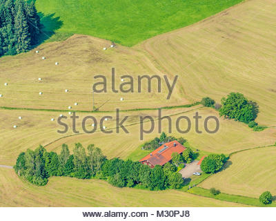 lonely farm house surrounded by meadows lake with fountain small stock photo 112534143 alamy. Black Bedroom Furniture Sets. Home Design Ideas