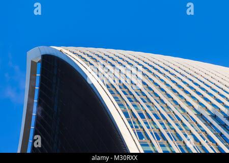England, London, The City, 20 Fenchurch Street aka The Walkie-talkie Building - Stock Photo