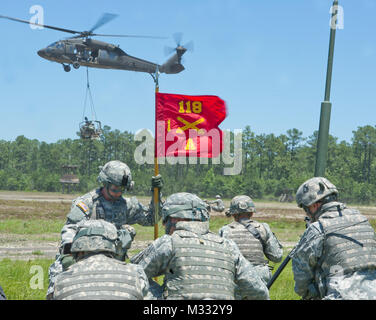 History is booming for the Georgia Army National Guard, literally! The Savannah-based 'Hickory's Howitzers' 1st - Stock Photo