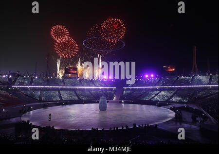 Pyeongchang, South Korea. 9th Feb, 2018. Photo shows the opening ceremony of the 2018 PyeongChang Winter Olympic - Stock Photo