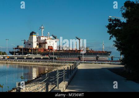 180202-N-TP834-048  GUANTANAMO BAY, Cuba (Feb. 2, 2018) A Military Sealift Command petroleum tanker USNS Lawrence - Stock Photo