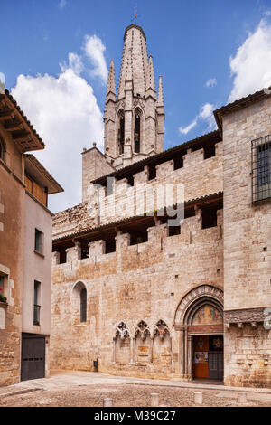Sant Feliu Collegiate Church, Girona, Catalonia, Spain. - Stock Photo