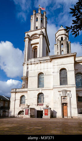 St George-in-the-East Anglican Church dedicated to Saint George in Wapping, Docklands, London Borough of Tower Hamlets - Stock Photo