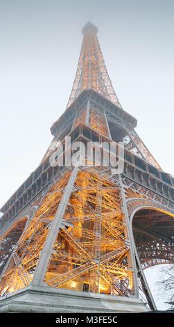 Der Eifelturm in Paris / Frankreich - Stock Photo