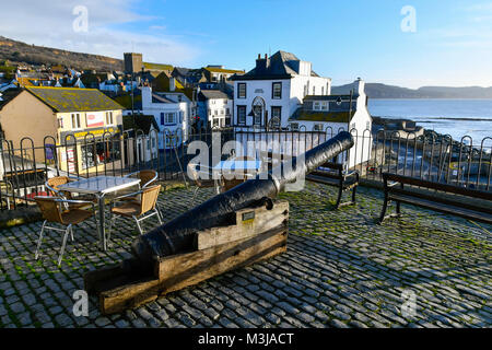 Lyme Regis, Dorset, UK.  11th February 2018.  UK Weather.  The canon on Bell Cliff on a sunny morning at Lyme Regis - Stock Photo