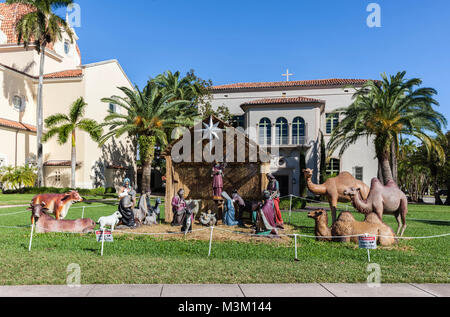 Life size Nativity scene outside the Church of the Little Flower, Coral Gable, Miami-Dade, Florida, USA. - Stock Photo