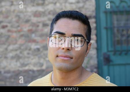 Kaan Sahan (Tarik) der Darsteller im Schauspieler im Portraet in der ARD Mysteryserie ãArmans GeheimnisÒ beim Fototermin - Stock Photo