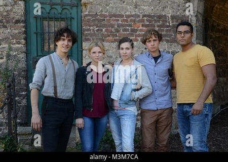 Franois Goeske (Arman), Sinje Irslinger (Charlie), Amina Merai (Jenny) ,Matti Schmidt-Schaller (Dimitri) und Kaan - Stock Photo