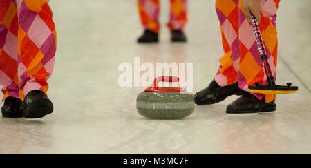 Das Team Ulsrud (SWE) spielt am swiss cup basel wiederum in einem legendär farbigen, aber diesmal neuen Dress. Curling - Stock Photo