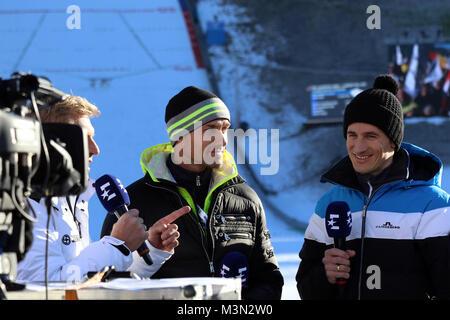 Einst gemeinsam auf der Schanze erfolgreich - nun gemeinsam als Skisprung- Experten bei Eurosport im Einsatz: v.li. - Stock Photo