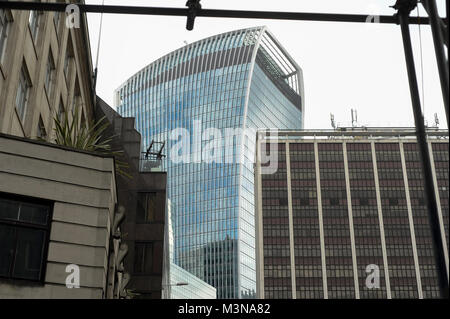 160 meter office skyscraper 20 Fenchurch Street 2009 2014 proj Rafael Vinoly in City of London, London, England, - Stock Photo