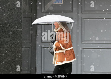 Preston, Lancashire. 12th Feb 2018. UK Weather: Cold, wet and snowy start to the day. Rain and snow showers have - Stock Photo