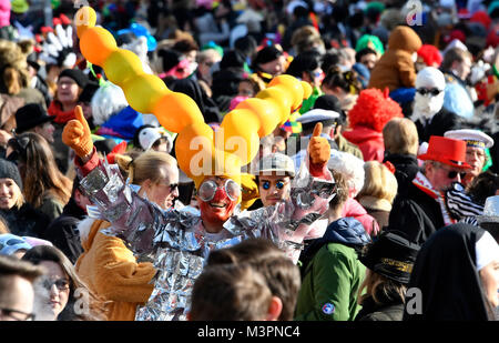 Duesseldorf, Germany. 12th February, 2018. Carneval, Rose Monday Parade: Masquareded people celebrate carnival. - Stock Photo