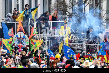 Duesseldorf, Germany. 12th February, 2018. Carneval, Rose Monday Parade: Duesseldorf Punk Rock Band Die Toten Hosen - Stock Photo