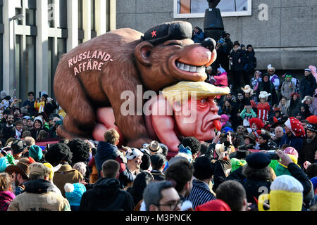 Duesseldorf, Germany. 12th February, 2018. Carneval, Rose Monday Parade: US President Donald Trump on a float during - Stock Photo
