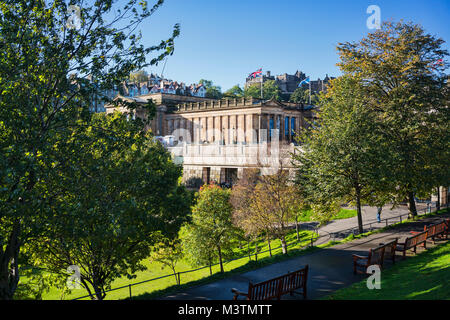 Princes street gardens, looking to National Galleries and Castle,   Edinburgh, Scotland, UK. - Stock Photo
