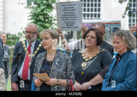Councillor Richard Green, Mayor of Islington, Kate Hudson, Chair of CND, Cllr Larraine Revah, Mayor of Camden and - Stock Photo