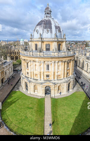The Sheldonian three storey domed round library at the university of Oxford, England. - Stock Photo