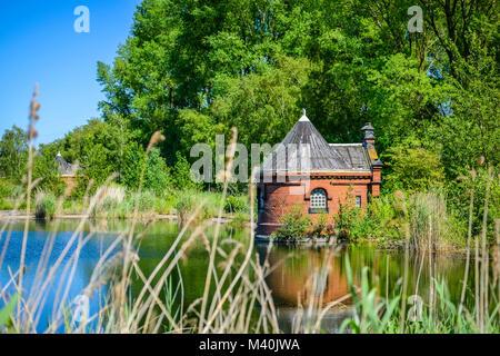 Historic spool cottage in cold stables, rothenburgsort, Hamburg, Germany, Europe, Historisches Schieberhäuschen - Stock Photo