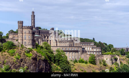 Edinburgh Castle sit upon Castle Rock, Edingbugh Scotland - Stock Photo