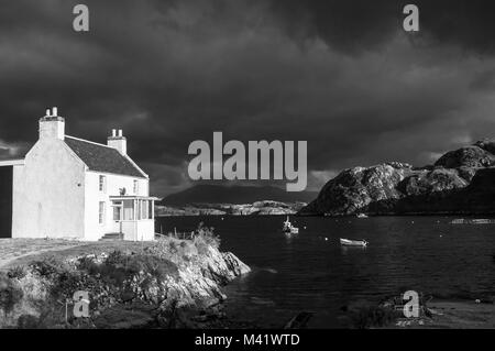 An autumnal black and white image of Fanagmore and Fanagmore bay in Sutherland, Scotland. For colour image see H7BR5T. - Stock Photo
