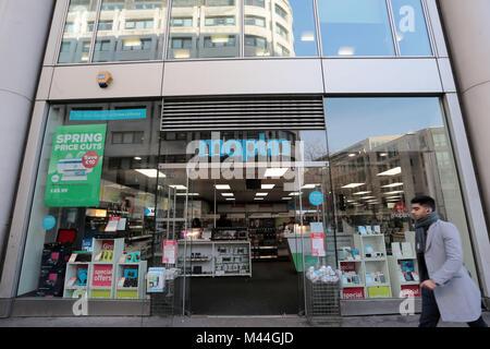 High Street electronics retailer Maplin who are facing tough trading conditions - Stock Photo