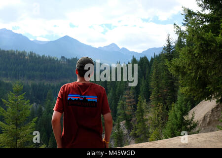 Holiday in the Canadian Rockies, British Columbia, enjoying the view. - Stock Photo