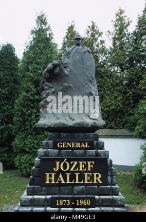 Polish War Cemetery in Ossow near Warsaw Poland. Memorial and statue of General Jozef Haller, a Polish military - Stock Photo