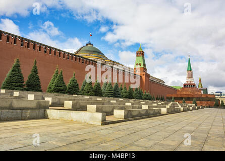 Moscow. Kremlin wall and Lenin Mausoleum on Red Square (Russia) - Stock Photo