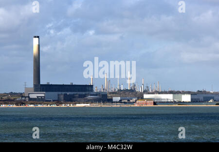 the power ststion and generating plant for the national grid at calshot spit near fawley refinery on the edge of - Stock Photo