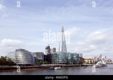 Colour Photograph of City Hall and The Shard with HMS Belfast, London, England, UK. Credit: London Snapper - Stock Photo