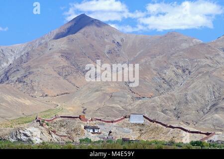 Pelkhor Chöde in Gyantse Tibet China - Stock Photo