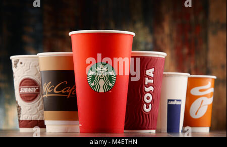Cups of global coffeehouse brands - Stock Photo