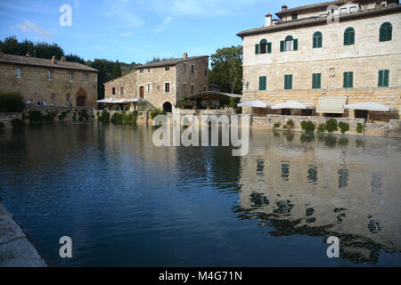 Bagno Vignoni is a village in the district of San Quirico d'Orcia in the province of Siena in Val d'Orcia. Its square - Stock Photo