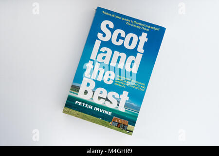 Scotland the Best guide to  Scotland by Peter Irvine - Stock Photo