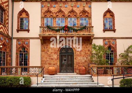Front door of Ca D'Zan, the home of John and Mable Ringling - Stock Photo