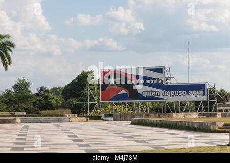 SANTA CLARA, CUBA-JANUARY 6, 2017: Poster tribute to Ernesto Che Guevara. The text, in Spanish, says: 'It was a - Stock Photo